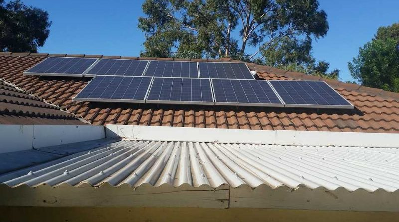 napelem-panelek-hazteton